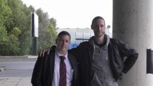Le Forgeron (à droite) avec l'un de ses amis figurant d'un jour