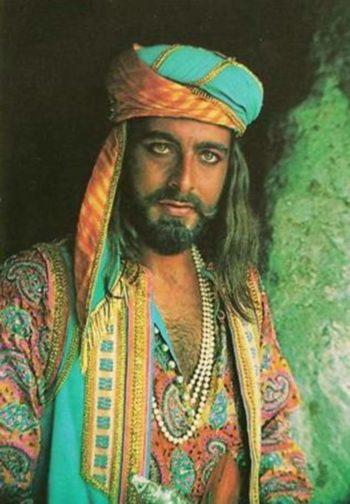 L'acteur Kabir Bedi fête ses 74 ans !